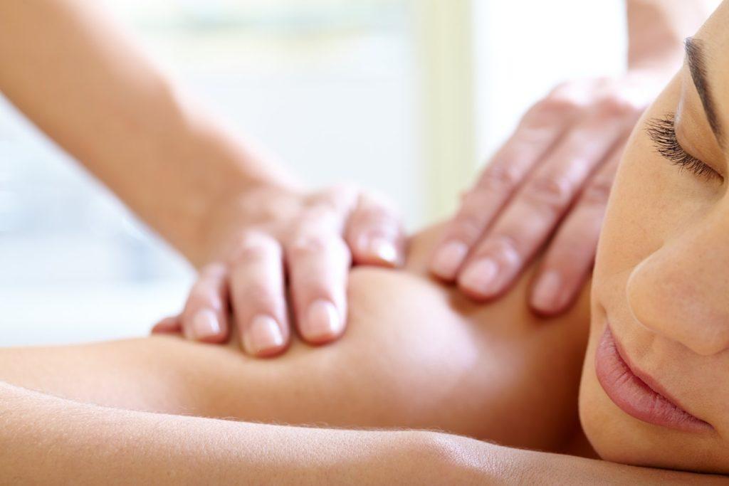 devenir masseuse masseur